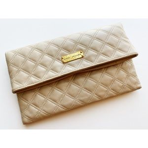 Marc Jacobs • Genuine Leather Tan Quilted Clutch